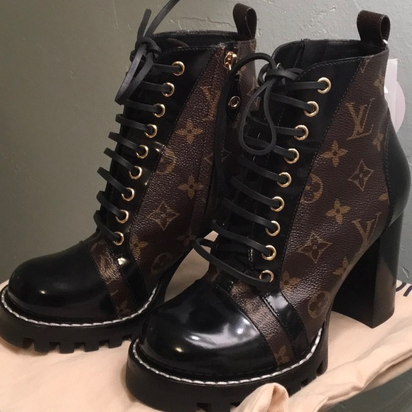 2deb18330ee Louis Vuitton Star Trail Ankle Boots 37